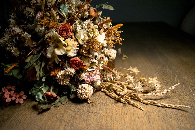 stříhání květin